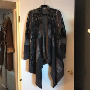Black and Gray multi color sweater